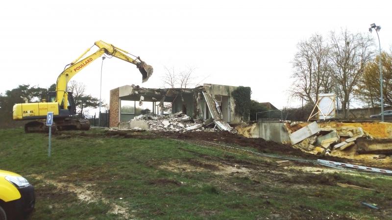 Démolition ancien bâtiment zone SITREVA